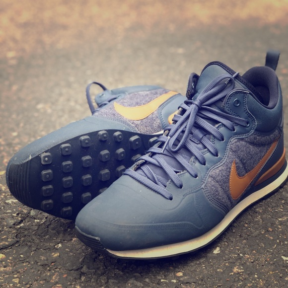 better free delivery top brands Nike Internationalist Utility - M - Size 12